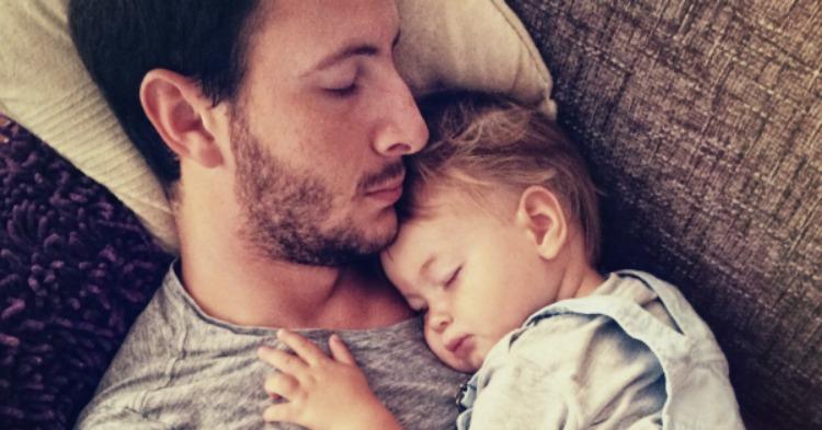 Beebiiga on mäletamist väärt: 9 magamata isa räägivad oma pöörastest ja naljakatest lugudest